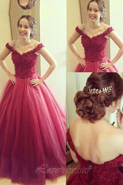 A-line Off Shoulder Long Prom Dress Tulle Quinceanera Dress with Lace Appliques Top On luulla S424